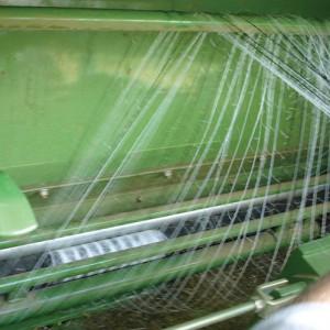 Netz verheddert sich in Zuführwalze